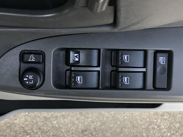 Xターボ SA 片側電動スライドドア・CDラジオ・プッシュボタンスタート・オートエアコン・キーフリーシステム・パワーウィンドウ(39枚目)