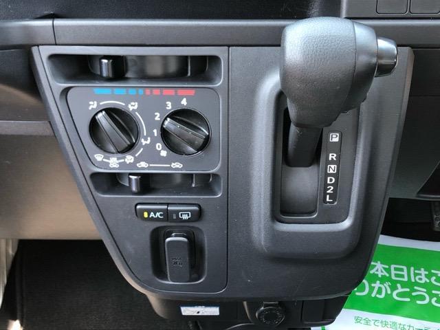 デラックスSAIII 2WD・AT車・スマートアシストIII・エコアイドル・AM/FMラジオ・オートハイビーム・キーレスエントリー・パワーウィンドウ(10枚目)