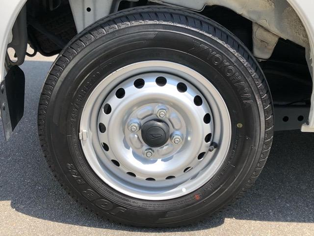 デラックスSAIII 2WD・AT車・スマートアシストIII・エコアイドル・AM/FMラジオ・オートハイビーム・キーレスエントリー・パワーウィンドウ(25枚目)