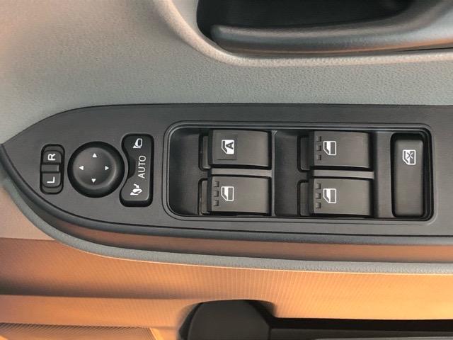 X 片側電動スライドドア・届出済未使用車・コーナーセンサー・プッシュボタンスタート・ステアリングスイッチ・オートエアコン・キーフリーシステム・ベンチシート・パワーウィンドウ(38枚目)