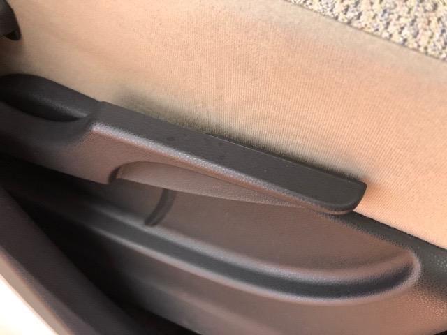 X SAII エコアイドル・両側スライドドア・CDオーディオ・バックモニター・プッシュボタンスタート・ステアリングスイッチ・オートエアコン・キーフリーシステム・ベンチシート・パワーウィンドウ(32枚目)