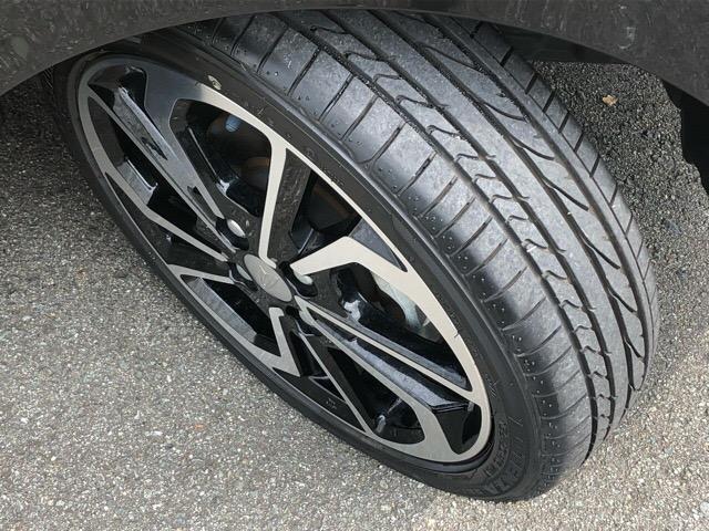 タイヤの溝もしっかりございます^^まだまだ安心です!
