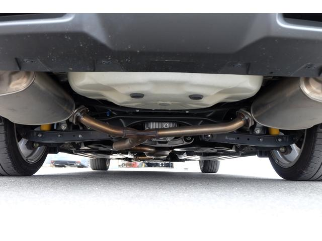 ご納車前に防錆塗装のスリーラスター、耐熱マフラーガード施工も別途承れます!錆が気になる方も安心してお乗りいただけます。