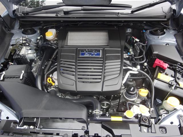 軽量・コンパクト・低重心な水平対向エンジン。 では得られない気持ちのいいドライビングを愉しめます。一度乗ったらくせになります。