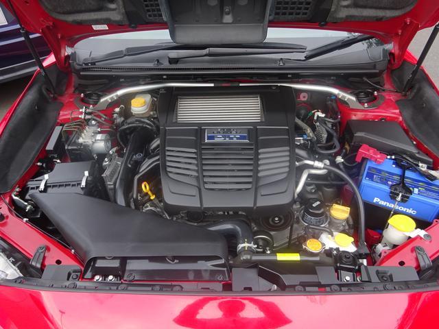 世界でポルシェとスバルだけが採用している水平対向エンジン!その心地よいドライビングを是非!一度乗ったらくせになります!