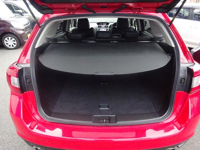 アイサイト(Ver.3)搭載の安心・安全のレヴォーグ入荷!SDナビ、ETC、LEDヘッドライト、車検整備付き。