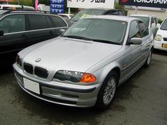 BMW320i 右ハンドル
