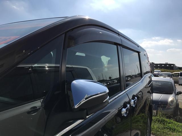 トヨタ エスクァイア ハイブリッドGi ブラックテーラード 両側パワースライドドア