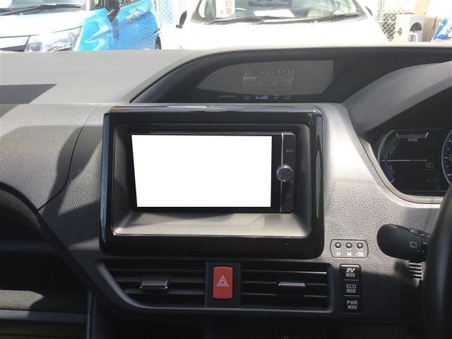 トヨタ純正フルセグナビです。CD、DVD、Bluetoothで携帯から音楽も♪♪
