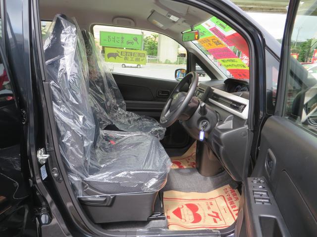 運転席シートより。