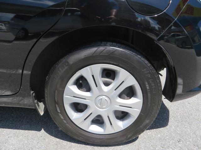 リア:純正14インチホイールにタイヤは4本ともにバリ山です。