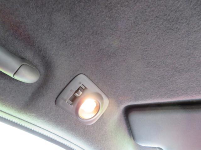 照明は向きを変えられます。