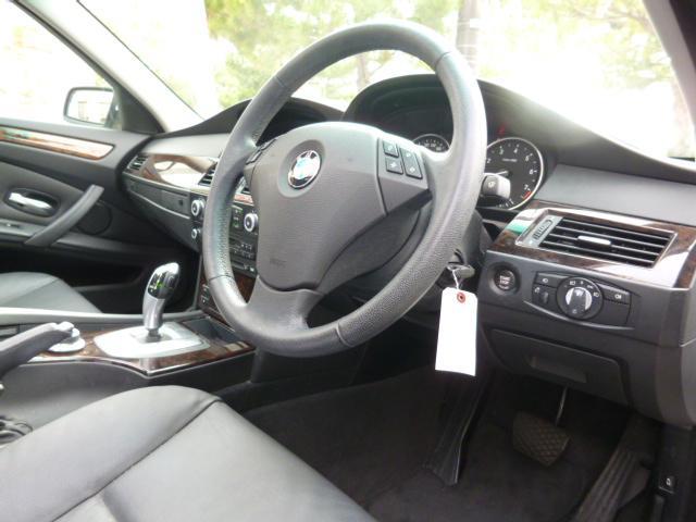 「BMW」「5シリーズ」「ステーションワゴン」「沖縄県」の中古車5