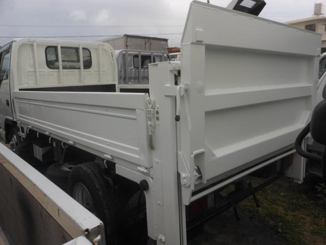 いすゞ エルフトラック 3トン4ナンバー垂直パワーゲート付