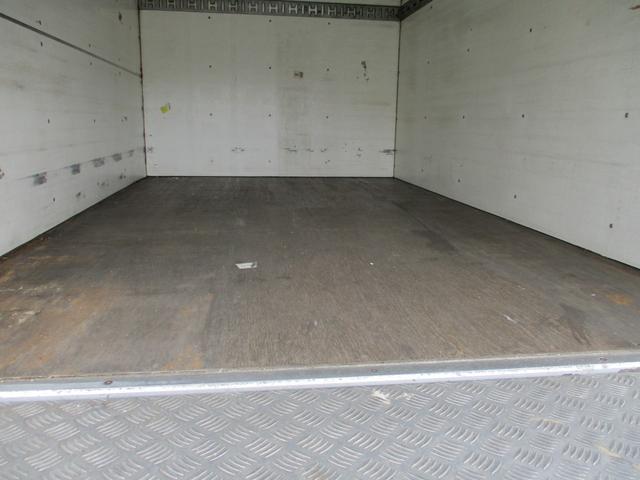 「その他」「エルフトラック」「トラック」「沖縄県」の中古車4