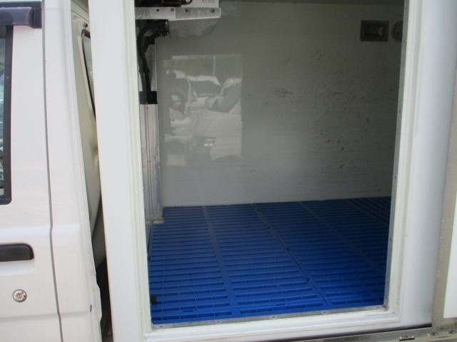 冷凍冷蔵車(8枚目)