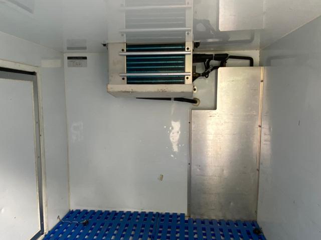 冷凍冷蔵車(10枚目)