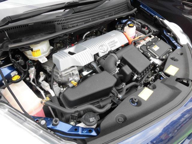 2ZR-FXE型DOHC直列4気筒タイミングチェーン式Eg☆99ps/5200rpm☆14.5kg・m/4000rpm☆JC08モード燃費26.2km/L☆オイルメンテナンスもバッチリOKデス♪