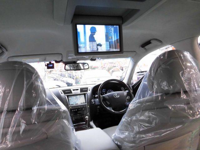 5.0 LS600hL後席セパレートシートパッケージ(16枚目)