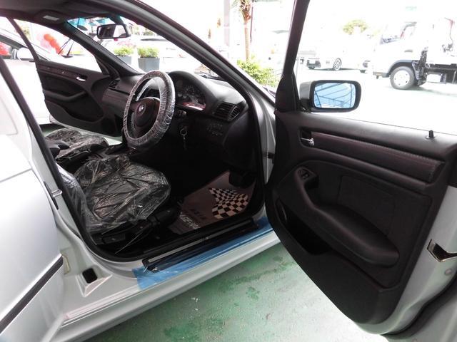 「BMW」「3シリーズ」「セダン」「沖縄県」の中古車9