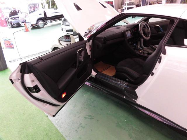「日産」「GT-R」「クーペ」「沖縄県」の中古車11