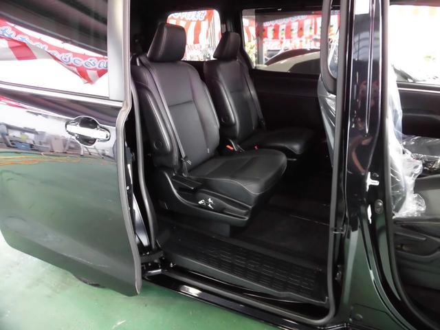 「トヨタ」「エスクァイア」「ミニバン・ワンボックス」「沖縄県」の中古車35
