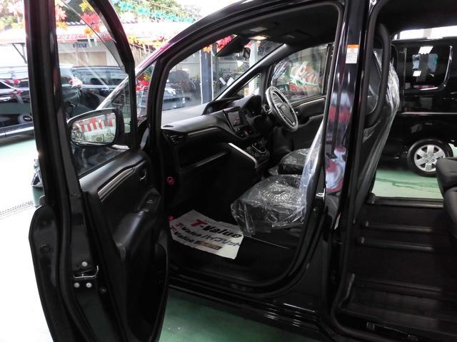 「トヨタ」「エスクァイア」「ミニバン・ワンボックス」「沖縄県」の中古車46