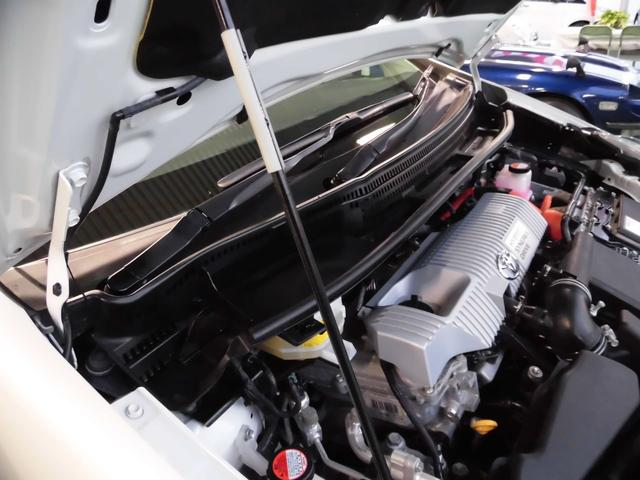 「トヨタ」「プリウスα」「ミニバン・ワンボックス」「沖縄県」の中古車8