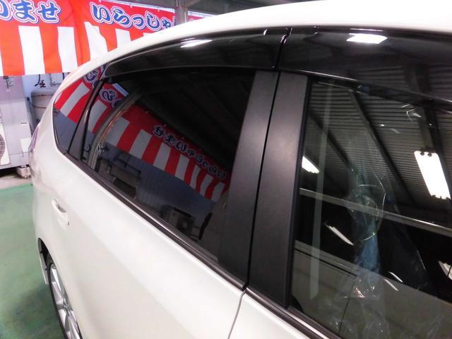 「トヨタ」「プリウスα」「ミニバン・ワンボックス」「沖縄県」の中古車52