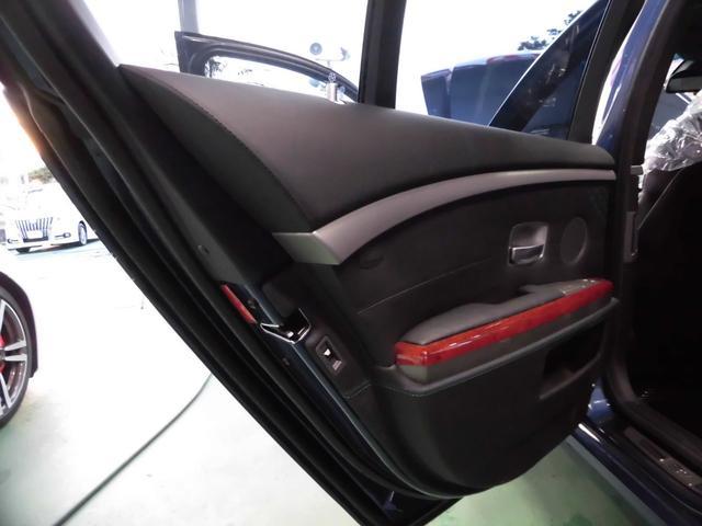 「BMWアルピナ」「B7」「セダン」「沖縄県」の中古車25