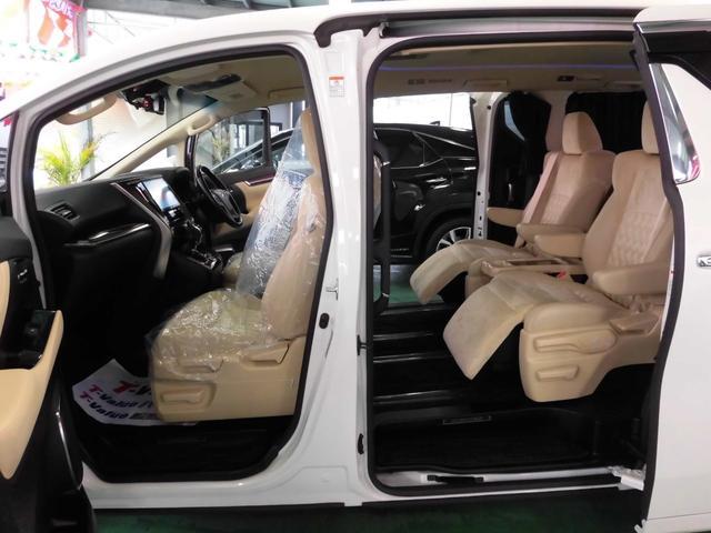 「トヨタ」「アルファード」「ミニバン・ワンボックス」「沖縄県」の中古車38