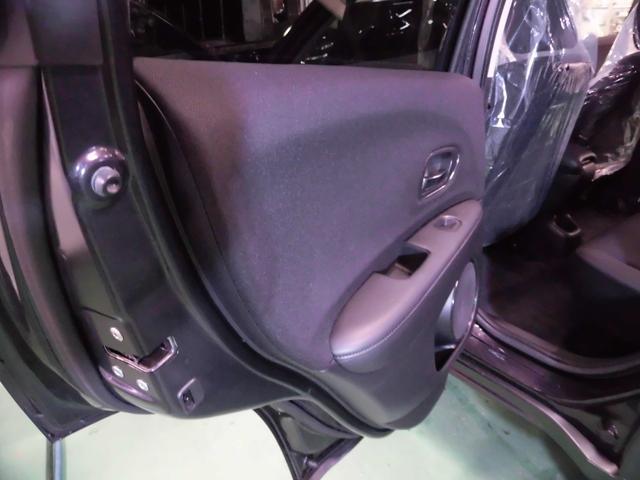 「ホンダ」「ヴェゼル」「SUV・クロカン」「沖縄県」の中古車29