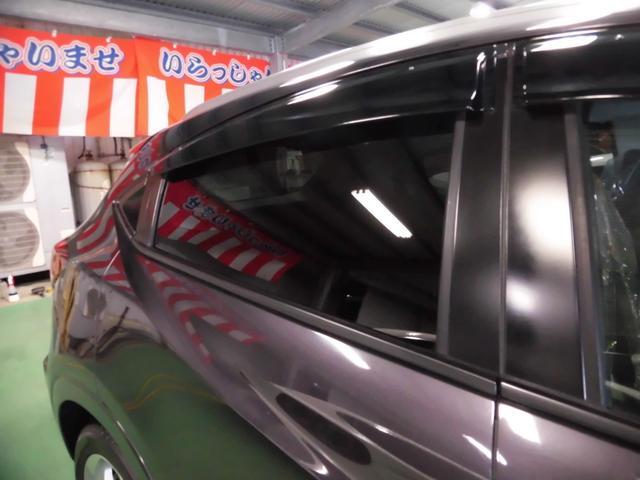 「ホンダ」「ヴェゼル」「SUV・クロカン」「沖縄県」の中古車44