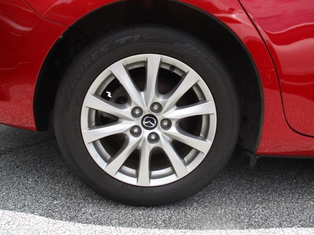 純正17インチアルミホイール・タイヤサイズは225/55R17