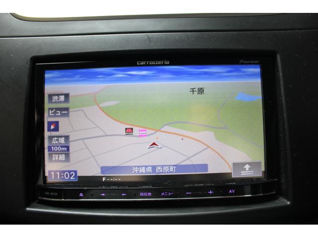 【フルセグTVナビ付き】 CD、テレビ、ラジオが使えるナビ付きです。