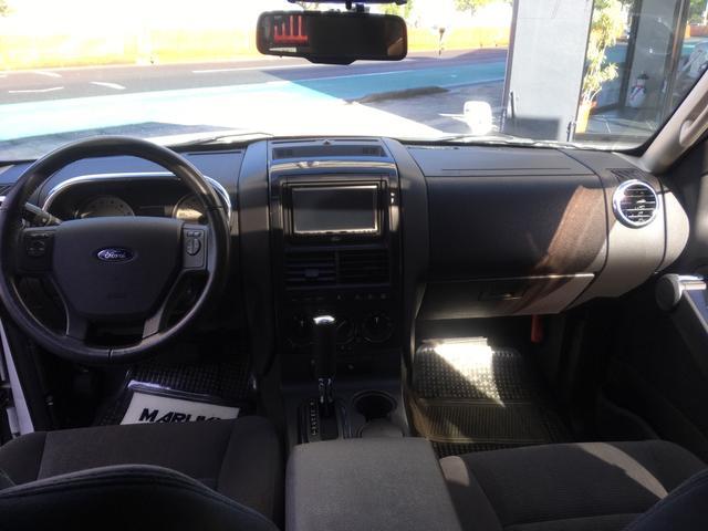 「フォード」「フォード エクスプローラースポーツトラック」「SUV・クロカン」「沖縄県」の中古車11