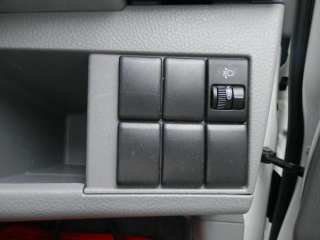 スズキ ワゴンR 福祉車両全自動助手席リフトアップシート