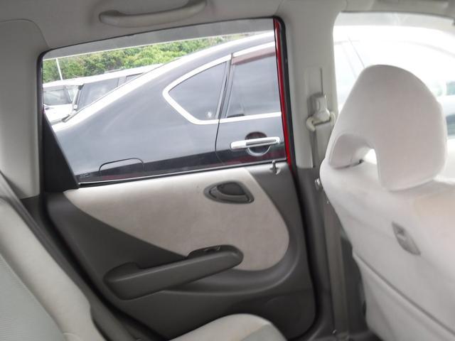 「ホンダ」「フィット」「コンパクトカー」「沖縄県」の中古車32
