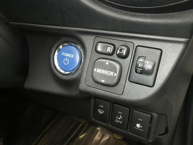 トヨタ アクア S 社外15インチAW