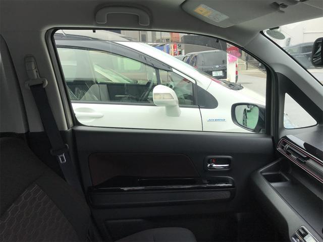 ハイブリッドX プッシュスタート スマートキー ブルートゥース CD/DVD LEDヘッドランプ シートヒーター Wエアバック(17枚目)