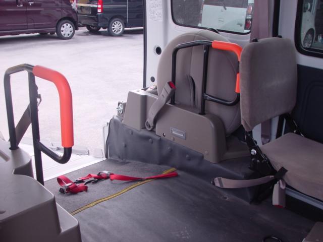 DX 車椅子移動車(11枚目)