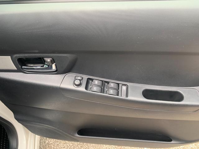 カスタム X VS アイドリングストップ スマートキー キーフリー 15インチアルミ 本土中古車(11枚目)
