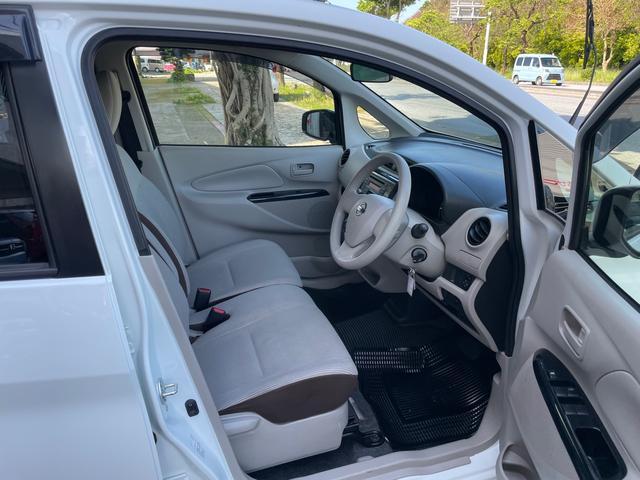 ☆フロントシート☆ 座り心地が良く疲れを感じさせないフロントシートとなっております!また、シートクリーナーで内装シートがとても綺麗になっており、清潔感」もございます!!