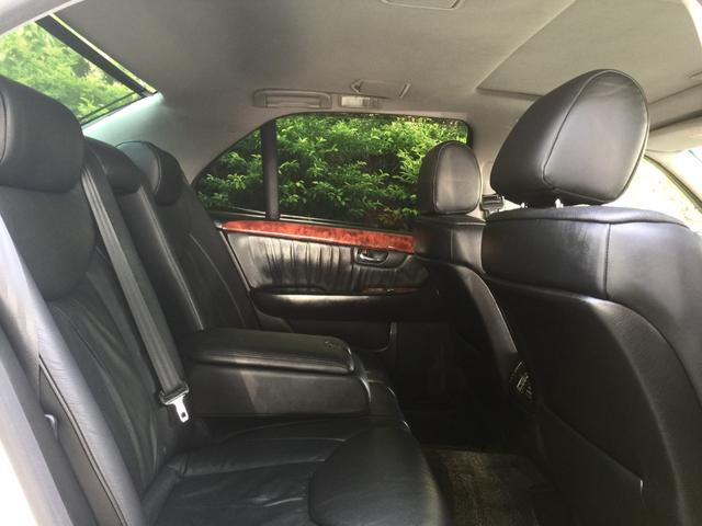 eR仕様 フルエアロ・19インチ深リムアルミホイール・サンルーフ付き・革張りシート・車高調(24枚目)