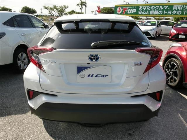 「トヨタ」「C-HR」「SUV・クロカン」「沖縄県」の中古車17