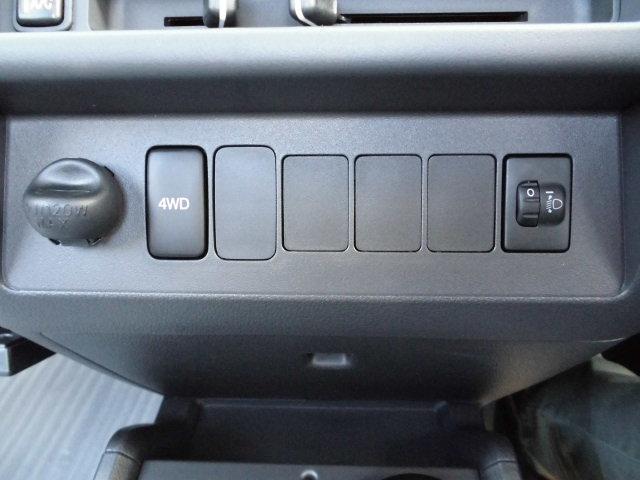 新車 スタンダード AT 4WD(9枚目)