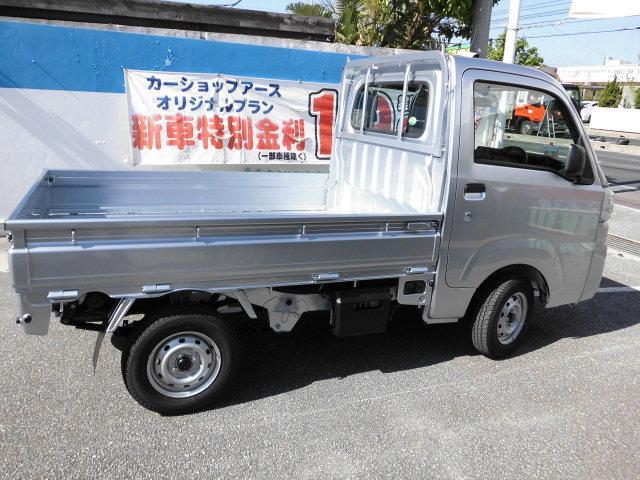 新車 スタンダード 5F 4WD(4枚目)