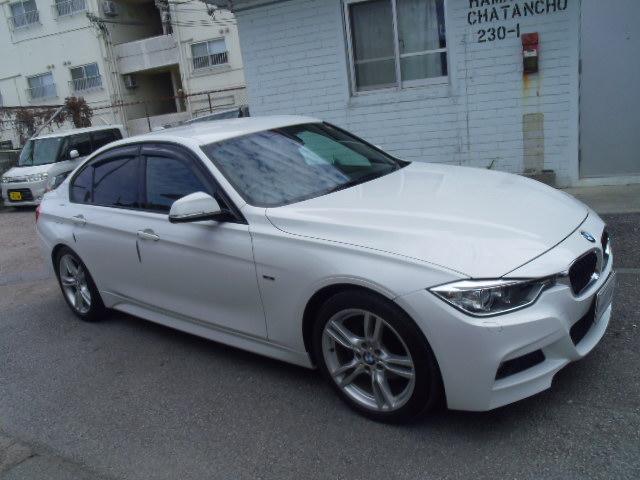 BMW BMW 320d Mスポーツ ガラスコーティング済み