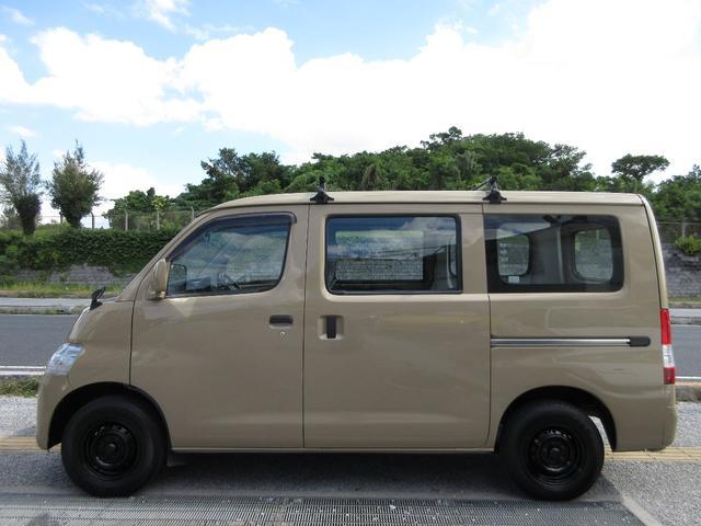 「トヨタ」「タウンエースバン」「その他」「沖縄県」の中古車4