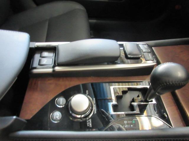GSGS450h Iパッケージ 後期仕様3眼LED サンルーフ